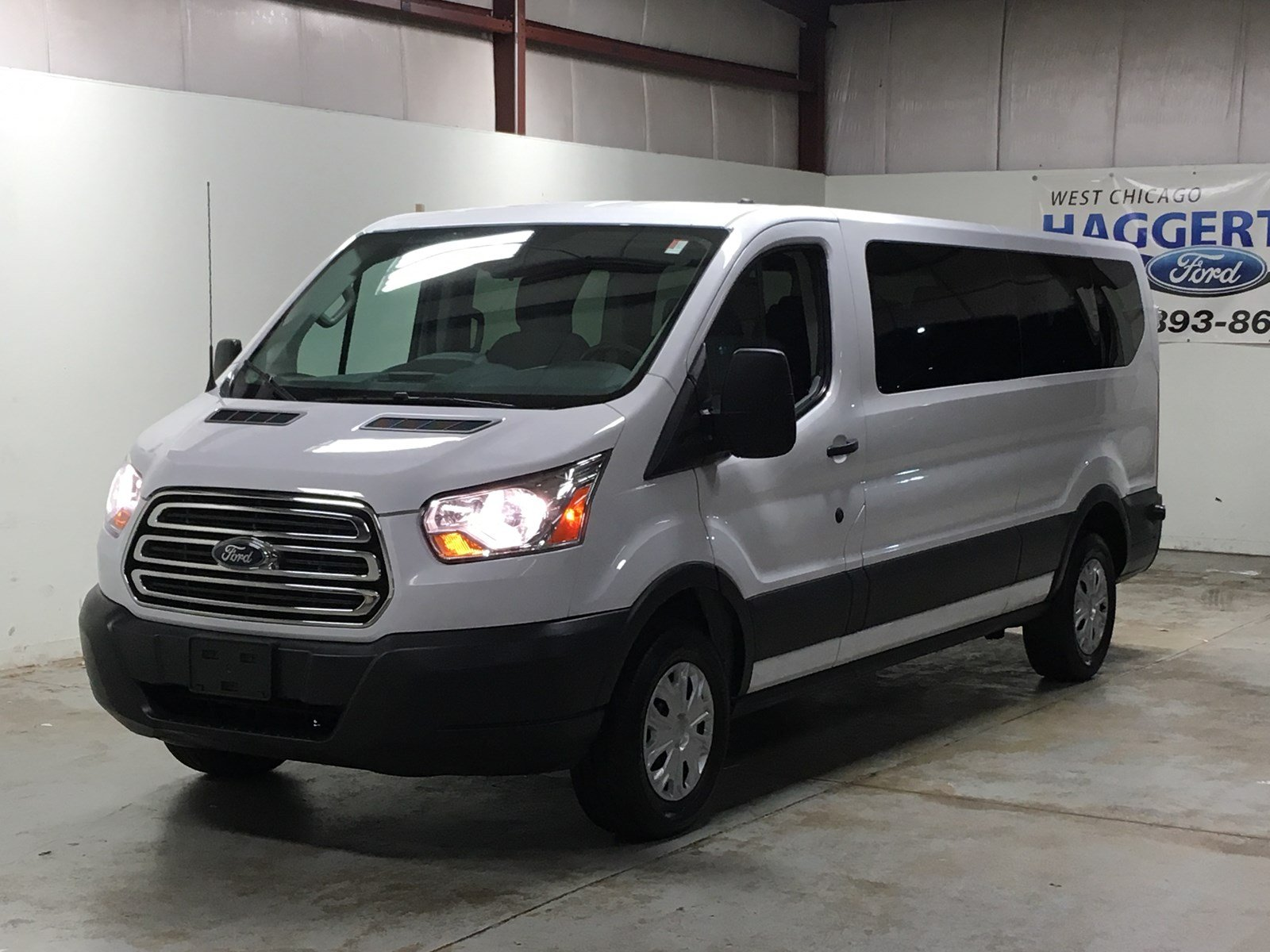 Certified pre owned 2017 ford transit wagon xlt 15 passenger