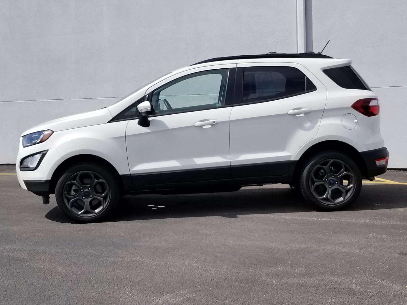 Certified Pre-Owned 2018 Ford EcoSport SES